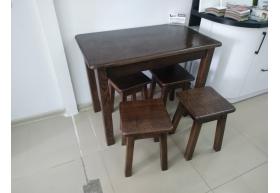 Деревяний стіл + 4-ри табуретки