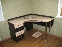 Комп'ютерний стіл - 2