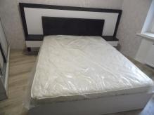 Ліжко з приліжковими тумбами та з М'яким билом ДСП: Джанні + Дуб Морений