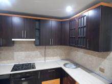 Кухня МДФ: Горіх темний + Оранж матовий