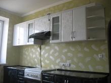 Кухня МДФ: Чорні квіти(низ)  + Білі квіти(верх)