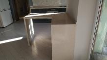 Кухня МДФ: Дуб Сан Ремо + Графіт + Стільниця Акріл (штучний камінь) S-102 Beige Sands