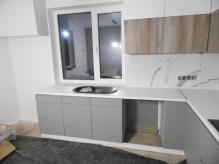Кухня МДФ: Фарбовані фасади Ral 7004 Signal Gray(матовий) + Ral 9003 Signal White(матовий) + Дуб Монкментальний 9Т
